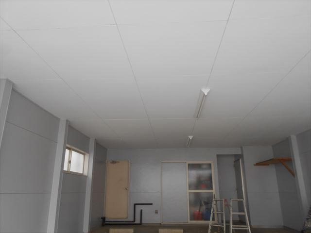 M様邸車庫天壁完了