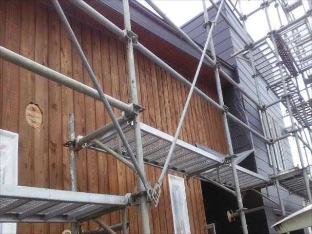 木板外壁、軒天施工完了