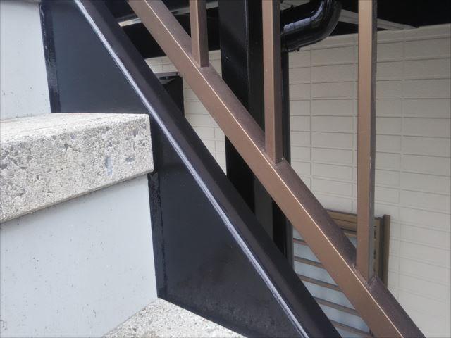階段ササラ塗装完了