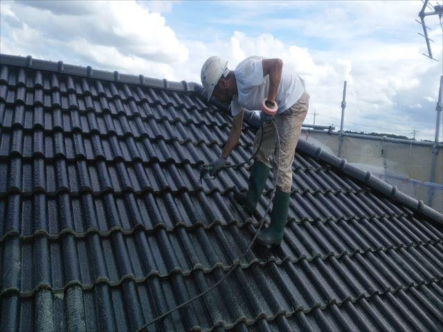 屋根吹き付け塗装