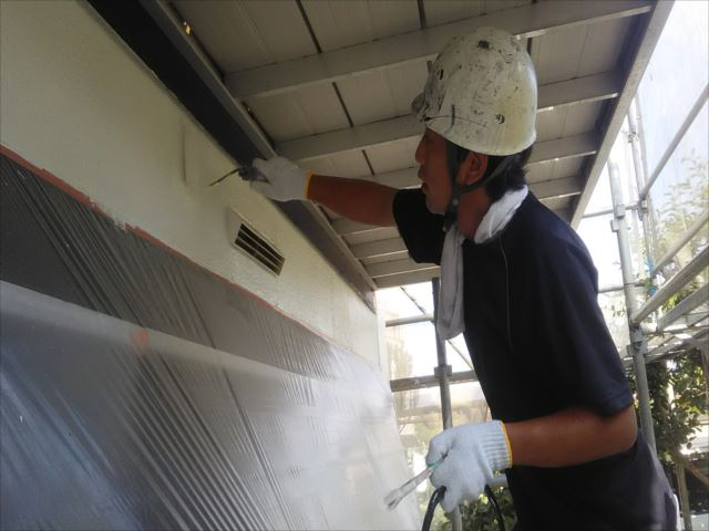 外壁仕上げ塗装