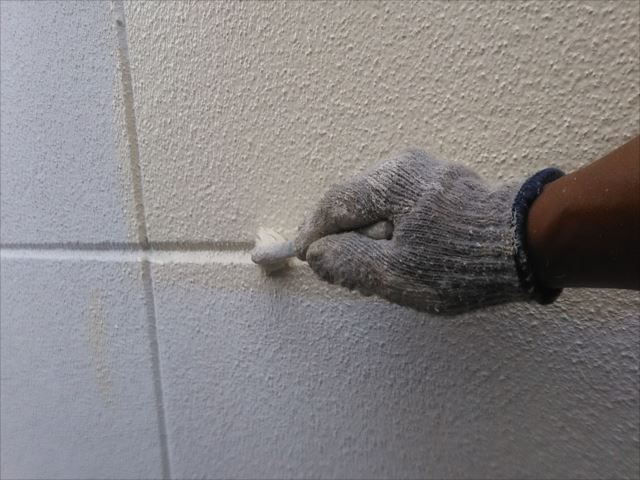 外壁着色上塗り1回目
