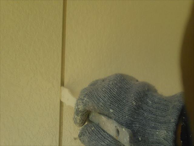 外壁着色2回目仕上げ塗装、クリーンマイルドシリコン