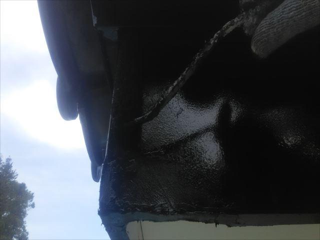 破風板着色2回目仕上げ塗装、コスモマイルドシリコン2