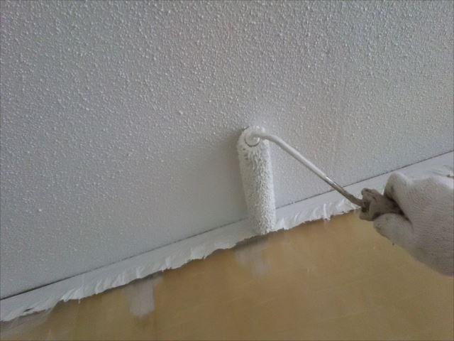 天井2回目仕上げ塗装